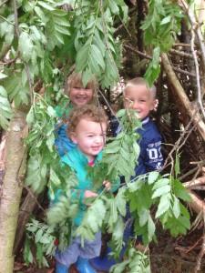 Lekker in het bos aan spelen
